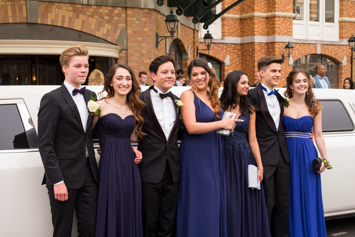prom-limos-and-party-bus-longisland